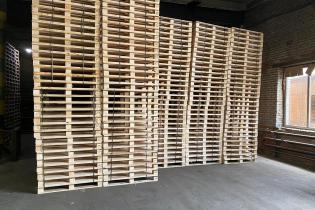 Поддоны: склад готовой продукции-3